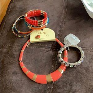 Jewelry - Costume Jewelry Bubdle